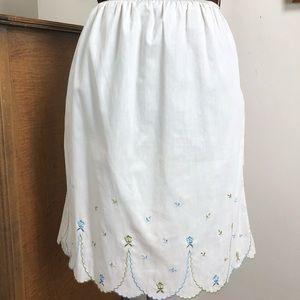 Vintage Half Slip, White w Blue Green Embroidery
